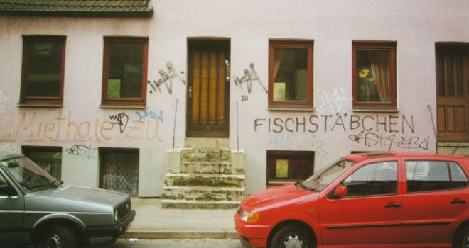 noeltingstraße-38-graffiti-fischstaebchen