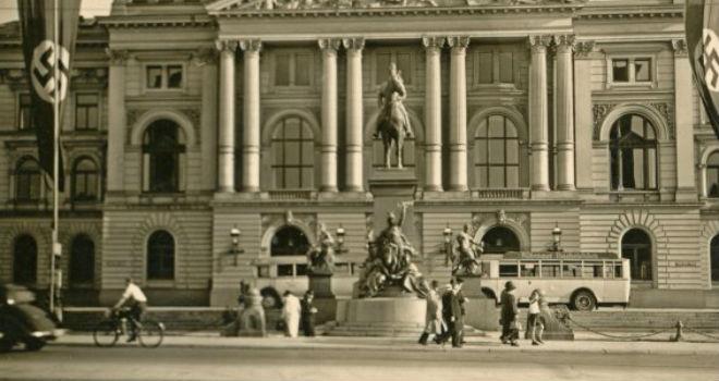 altonaer-rathaus-1937